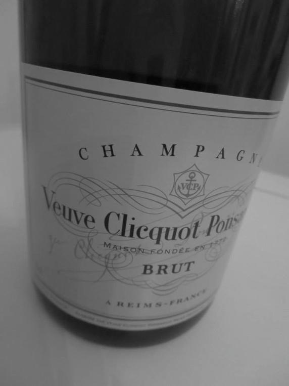 あの人と楽しむワイン講座~ Vol.3 ヴーヴ・クリコ イエローラベル